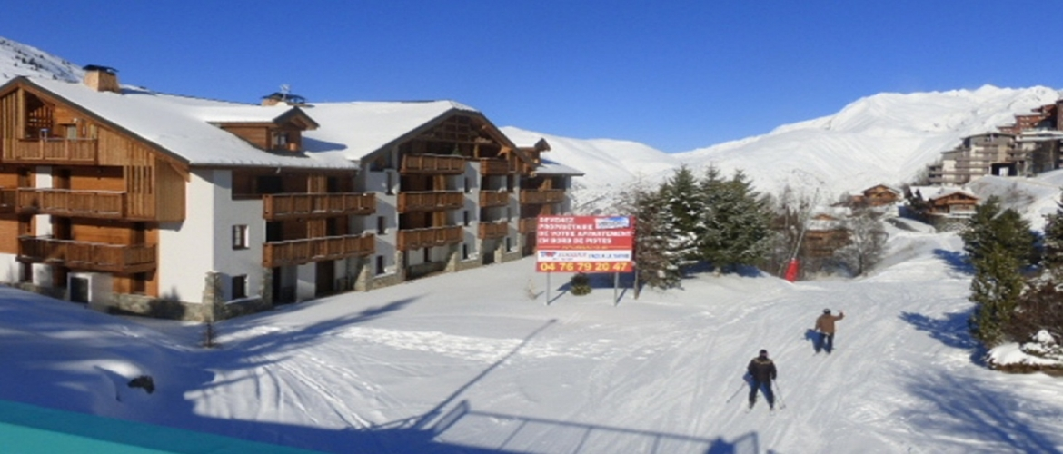 Location appartements studios crystal chalet elia for Garage les deux alpes